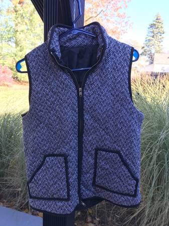 Photo J Crew Black and Cream Quilted Puffer Vest - $20 (Elk Rapids)