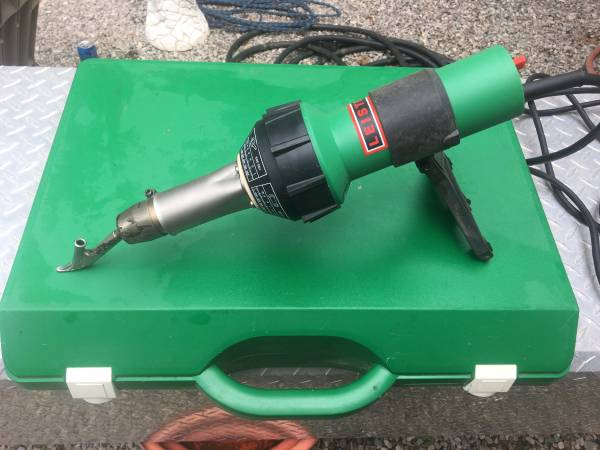 Photo Leister heat welder kit model CH-6060 - $500 (Traverse city)