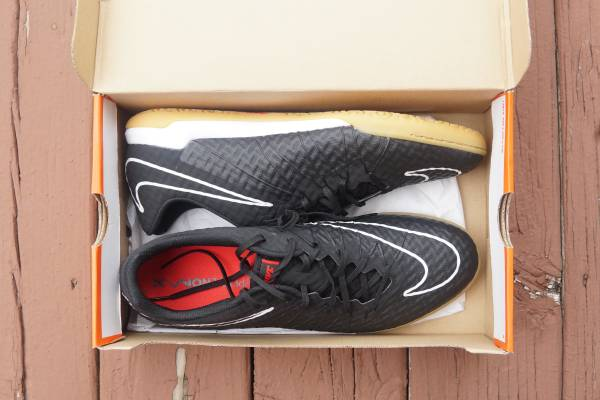 Photo New Nike HypervenomX Finale IC Indoor Soccer Shoes Size 12 - $60 (Petoskey)