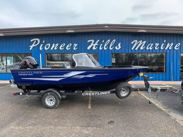 Photo SALE - 2020 Crestliner 1750 Super Hawk fish and ski boat - $42,742 (Roscommon)
