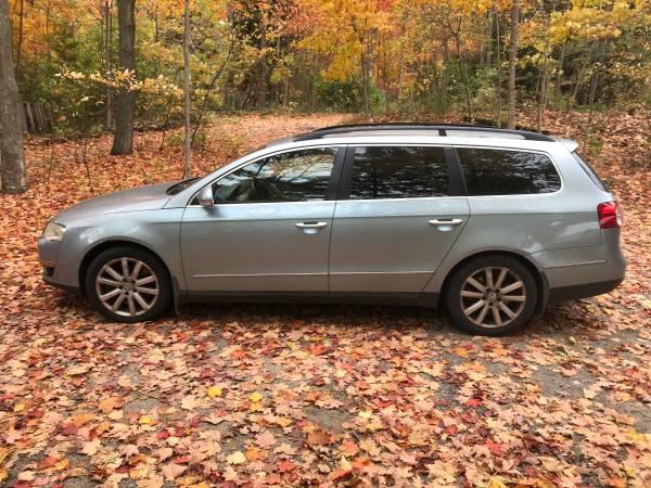 Photo VW Passat - $3,250 (Suttons Bay)