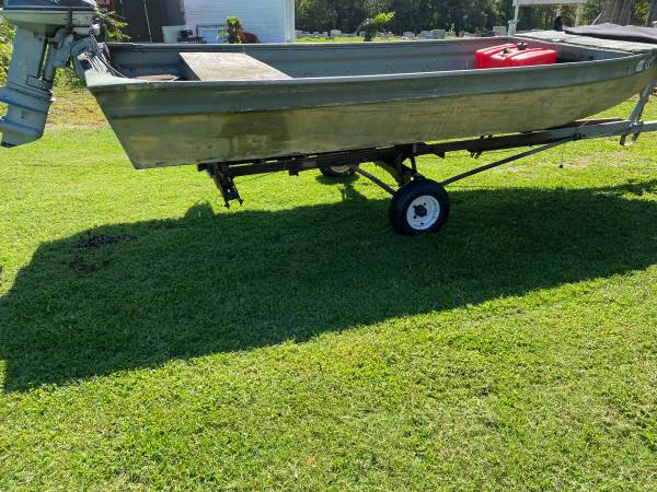 Photo 16 foot polar craft Jon boat - $300 (Eastern shore Virginia)