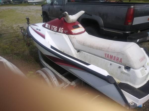 Photo 1992 Yamaha Waverunner 3 Big 3 seat ski for sale runs great - $975 (Chesapeake)