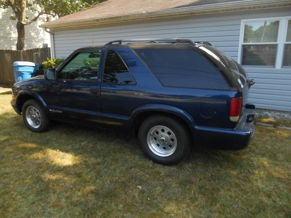 Photo 2002 Chevrolet s10 blazer - $3,700 (virginia beach)