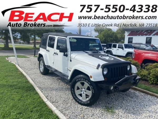 Photo 2010 Jeep Wrangler Unlimited UNLIMITED SAHARA 4X4, WARRANTY, LIFTED, S (_Jeep_ _Wrangler Unlimited_ _SUV_)