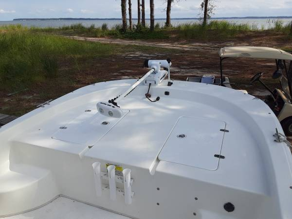Photo 2012 Carolina Skiff 218 DLV - $25,500 (Deltaville)