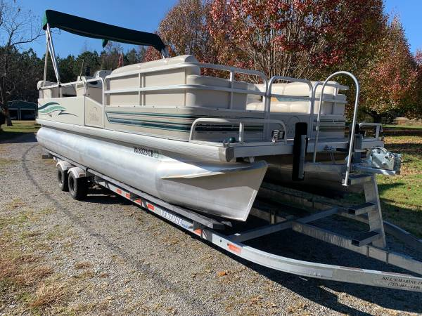 Photo 24FT PONTOON BOAT W Trailer - $10,000 (FRANKLIN, VA)