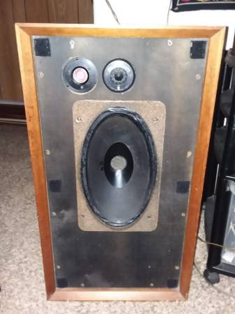 Photo Bowers and Wilkins DM3 speakers - $300