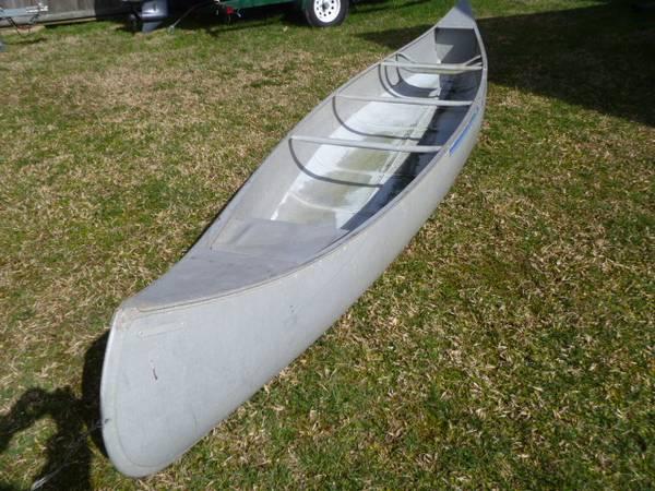 Photo Canoe by Grumman 1739 Aluminum will last a lifetime Great Shape Durable - $1 (virginia beach)