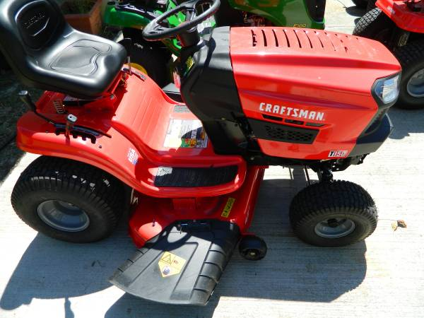 Photo Craftsman Riding Lawn Mower - $1150 (chesapeake)