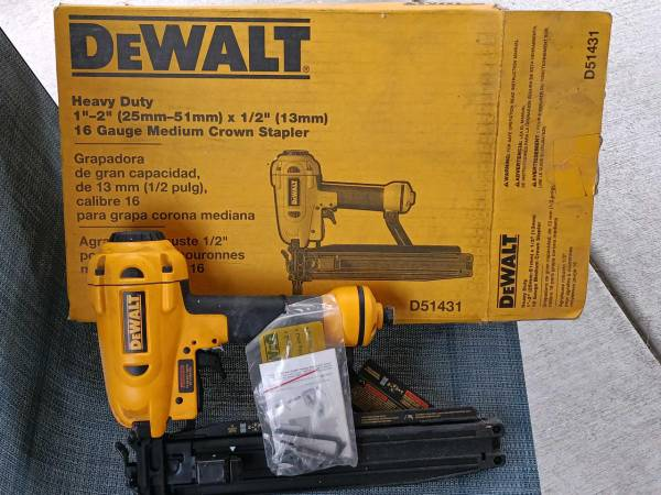 Photo DeWalt framing stapler - $50 (Newport News)