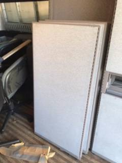 Photo FREE Office Furniture (some aluminum) Chairs Cube Parts Tabletops (Beach Business Park - VB Blvd  1st Colonial)