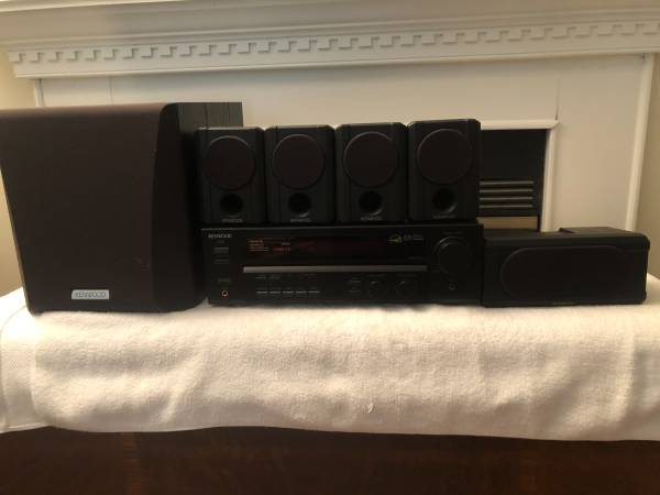 Photo Kenwood Surround System-Receiver and Speakers - $130 (Williamsburg)