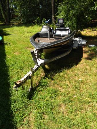 Photo Nitro bass boat - $2,500 (Norfolk)