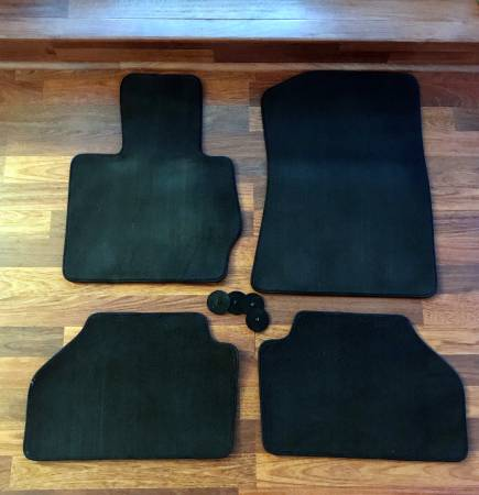 Photo OEM Carpet Floor Mats for BMW X3 and X4 - $25 (Virginia Beach)