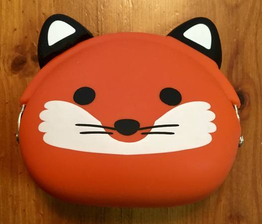 Photo PG Design Pochi Silicone Coin Purse - $5 (Virginia Beach)
