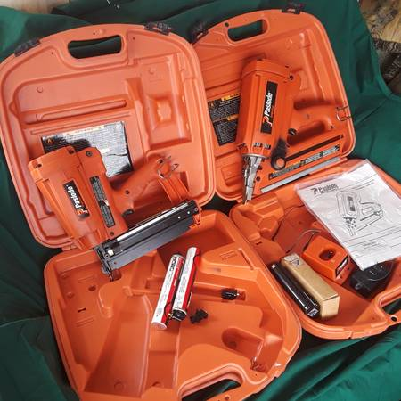 Photo Paslode Cordless Nailers.. (23666)