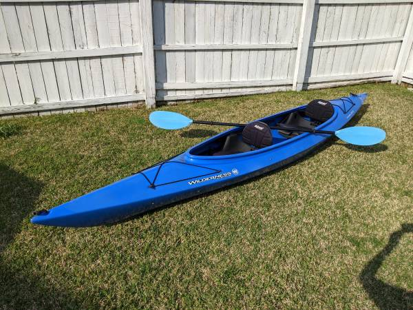 Photo SALE PENDING Wilderness Systems Pamlico 145T Tandem or Solo Kayak - $550 (Norfolk)
