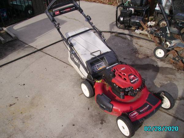 Photo Toro Recycler, Self Propelled, Electric and Pull Start, 21quot Cut - $180 (Newport News)