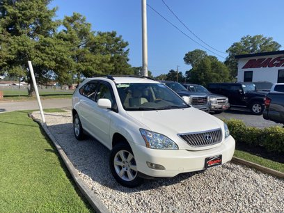 Photo Used 2005 Lexus RX 330 AWD for sale