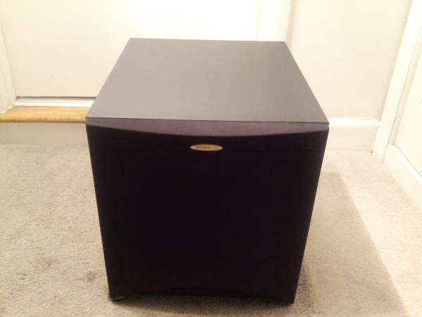 Photo VELODYNE 10quot Powered Subwoofer (150 Watts) - $180 (Yorktown)