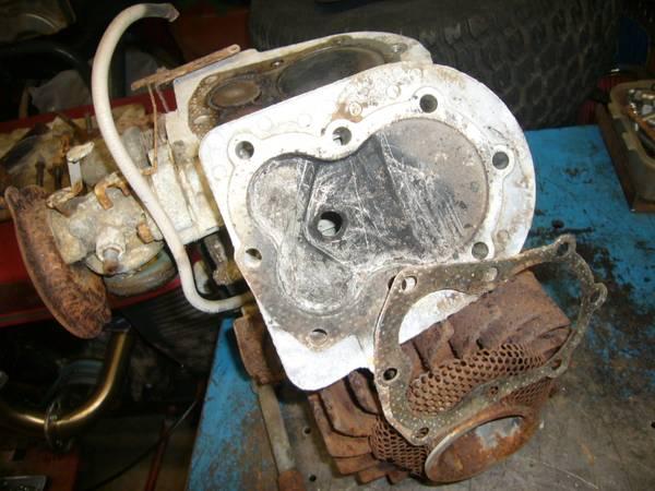 Photo Wheel Horse L-105 Lawn Ranger Engine - $80 (Newport News)