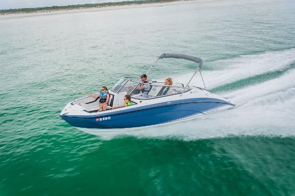 Photo 2021 Yamaha Boats SX210