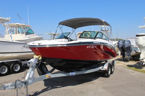 Photo 2014 Yamaha Boats 212SS