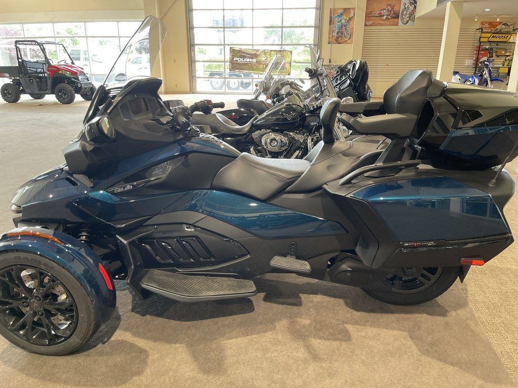 Photo Used 2020 Can-Am Trike Motorcycle  $29999