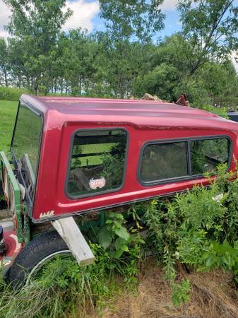 Photo 1987-1997 ford f150 topper - $40 (Bryant)