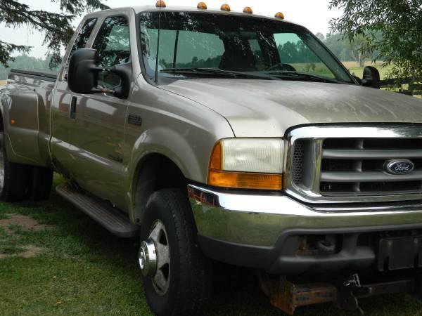 Photo 2000 Ford F-350 4WD Dually Truck 7.3 liter Power Stroke Diesel F350 - $10,500 (Ewen)