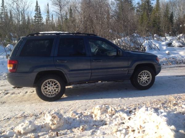 Photo 2004 Jeep grand Cherokee - $1995 (Ashland wi)