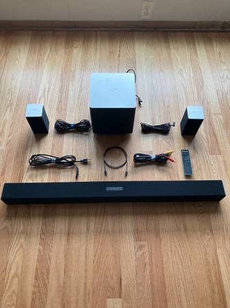 Photo 5.1 Soundbar with Subwoofer  Surround Speakers - Vizio - Excellent - $125 (Woodruff, WI)