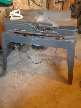 Photo Craftsman Jointer Planer - $120 (Butternut)