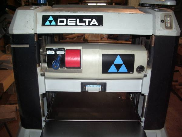 Photo Delta 22-580 planer - $100 (Phillips)