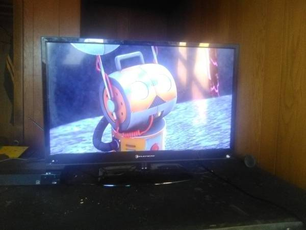 Photo Element Flat ScreenMonitor - $50 (4859 State Highway 57 East De Pere Wi)