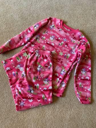 Photo Girls Size 14 Childrens Place Fleece PJ Set - $5 (Rhinelander)