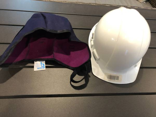 Photo Hard Hat w Winter Liner. Price is for both. - $10 (Eagle River)