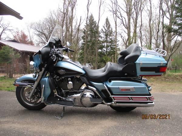 Photo Harley Davidson Ultra Classic 2008 - $12,900 (Rice Lake)