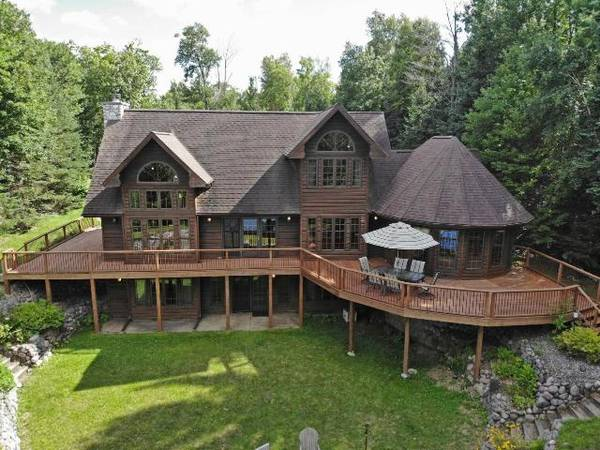 Photo North Nokomis Lake Home with Guest House 186173 (Newbold)