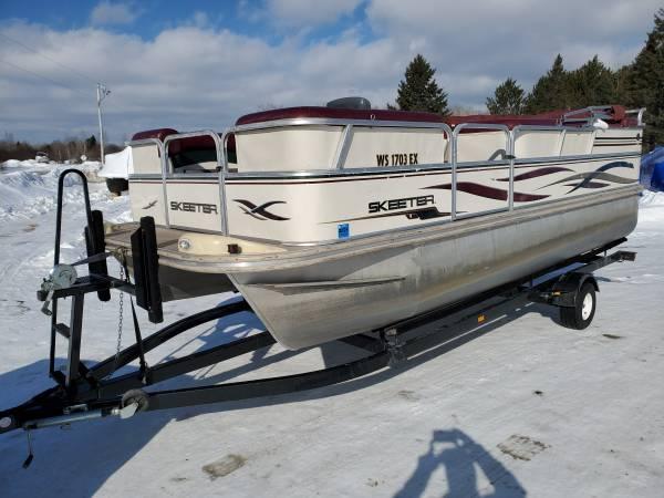 Photo Real Nice 2039 SKEETER Pontoon Boat 50 HP 4-STROKE Motor w Bunk Trailer - $10900 (Remer, MN)