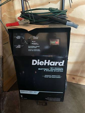 Photo Sears DieHard battery charger and engine starter - $80 (Round lake)