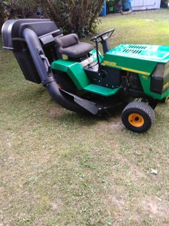 Weed Eater Riding Lawnmower 450