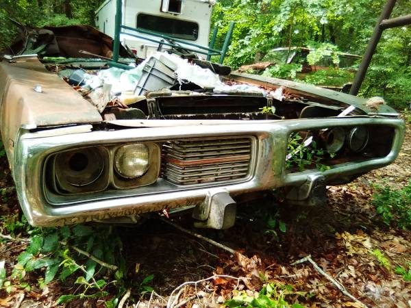 Photo 1973 dodge charger 400 front bumper - $300 (Walthall)