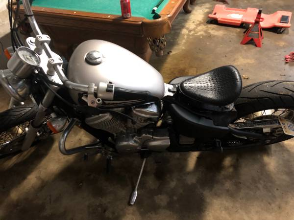 Photo 2001 Honda Shadow VLX 600 - $1800