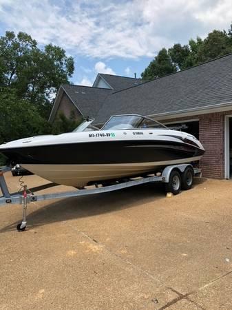 Photo 2005 Yamaha Boat SX230 HO - $17,500 (Batesville)