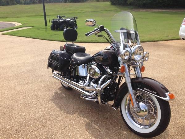 Photo 2013 Harley Davidson Softail Custom - $16,000 (Starkville, MS)