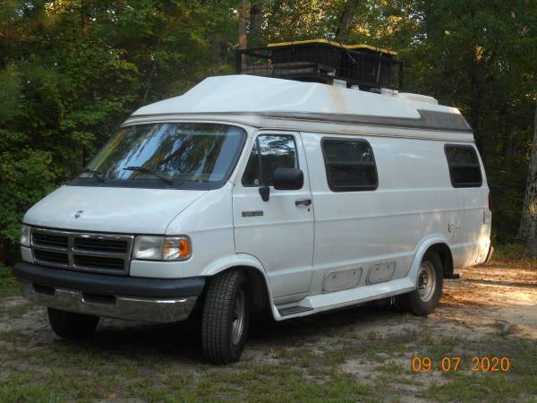 Photo DODGE B350 CLASS B CAMPER VAN - $14,500 (ALL SOUTHERN STATES)