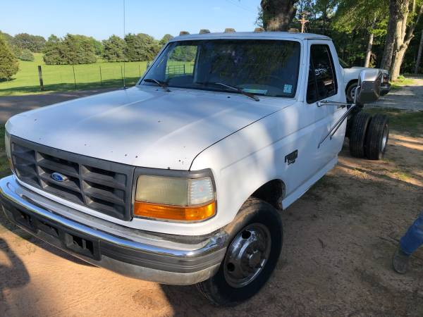 Photo Ford Dually - $3,500
