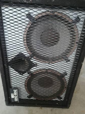 Photo Genz Benz Bass Cabinet - $220 (Southaven)